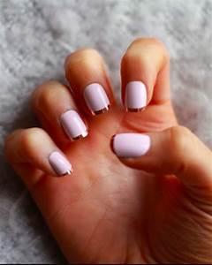 Déco French Manucure : les tendances chez la d co ongles 62 variantes en photos ~ Farleysfitness.com Idées de Décoration