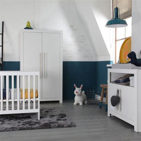 babykamer grijsblauwgeel baby boy babykamer