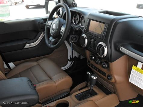 jeep rubicon white interior 2011 jeep wrangler unlimited rubicon 4x4 interior photo