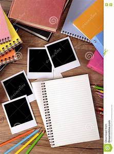 Album Photo Polaroid : college student desk with blank photo album top view stock photo image 77461019 ~ Teatrodelosmanantiales.com Idées de Décoration