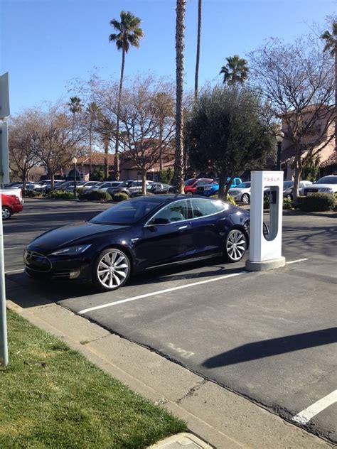 Get Tesla Car Lot Near Me Pics
