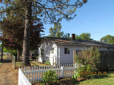 kitchen cottage grove oregon house for in cottage grove oregon 97424 home 8765
