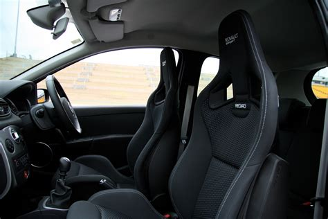 siege clio 1 recaro clio r27 seats matched to the interior in my megane