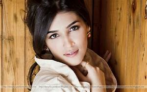 Deepika Padukone: Kriti Sanon Beautiful Pictures