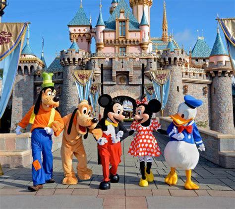 Ingresso Disneyland by Biglietto Ingresso Disneyland Acquistalo Subito Da Noi