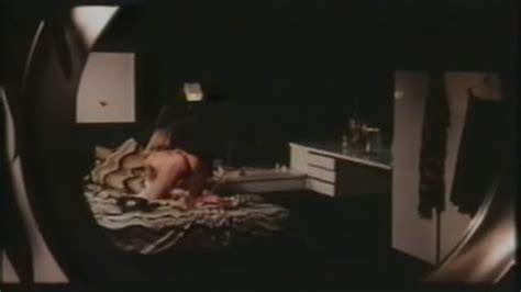 Emmanuelle Parèze Nue Dans Shocking