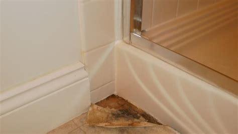 water leaking from bathtub bathtub water leak leaking shower pan doityourself