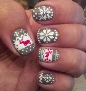 Christmas Sweater Nails Nail Art