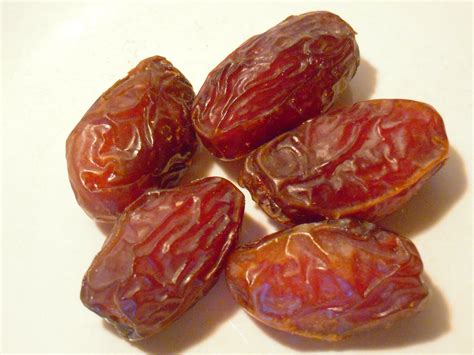 Date - Fruits And Vegetables