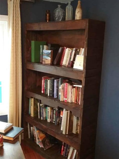 Sturdy, Stylish Pallet Wood Bookcase • 1001 Pallets