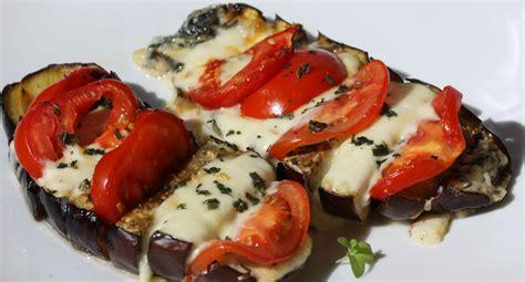 cuisiner l aubergine à la poele antipasti aubergine gratinée à la mozarella envie de