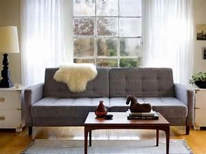 Living room design styles hgtv for Mid century modern living room furniture arrangement