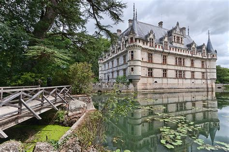 800px chateau azay le rideau 2 living language