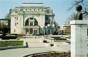 File Foc U015fani Teatrul  March 2001 Jpg
