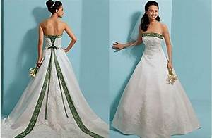 emerald green and white wedding dress wedding dress ideas With emerald wedding dress