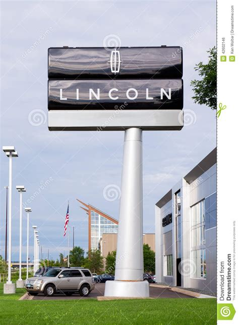 Lincoln Automobile Dealership Editorial Photo   Image