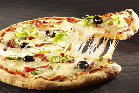 cuisine italienne pizza cuisine recettes de pizza italienne et de chaussons