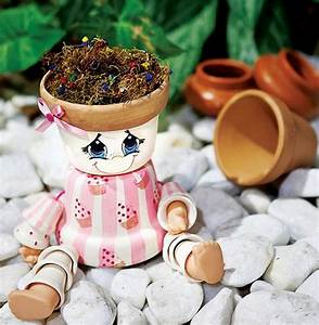 Clay Pot People Makes Your Garden Looks More Beautiful