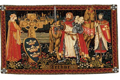 cette tapisserie repr 233 sentant le roi arthur gueni 232 vre
