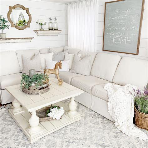 Farmhouse Sofa by 12 Farmhouse Sofas For All Budgets