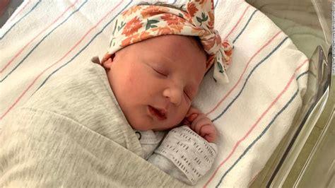 baby born   year  embryo believed   broken