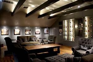 Beleuchtung Im Wohnzimmer : kreative deckengestaltung mit holzbalken und indirekte beleuchtung freshouse ~ Bigdaddyawards.com Haus und Dekorationen