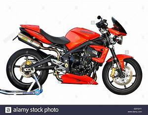 Street Triple 675 : 2011 triumph street triple 675 r motorcycle with arrow exhaust and stock photo 77789263 alamy ~ Medecine-chirurgie-esthetiques.com Avis de Voitures