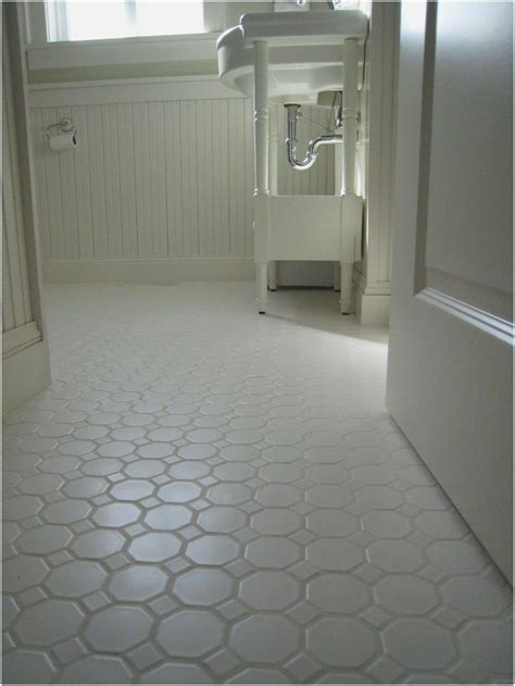 Floor Tiles For Bathroom Non Slip by Best 25 Non Slip Floor Tiles Ideas On Paw Pad