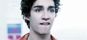 Sexy Robert Sheehan GIF - Find & Share on GIPHY