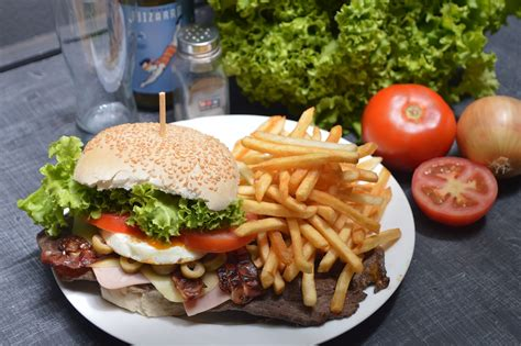 alimenti da evitare per colesterolo cibi aumentano il colesterolo cattivo 10 alimenti da