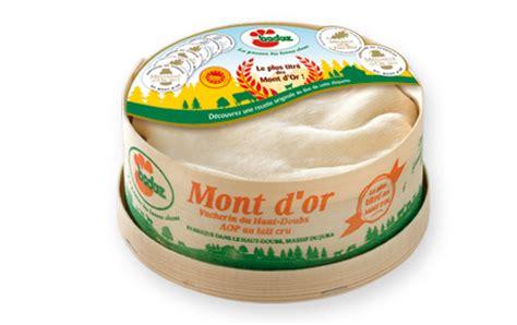 mont d or moyen de la fromagerie badoz fromage au lait cru aop