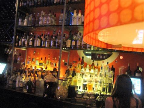 town kitchen  bar coral gablessouth miami american contemporary bars  clubs