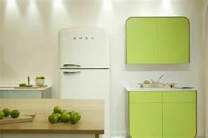 Smeg Retro Kühlschrank : der bosch retro k hlschrank bringt farbe in die k che ~ Orissabook.com Haus und Dekorationen