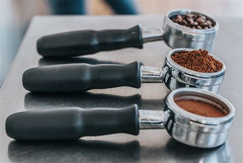 Electric grinders make grinding your own beans at home quick and convenient. All About the Bean: From Grinding to Storage | Prima Donna Life