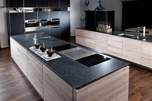 Küche 2 70 M : welche k chenarbeitsplatte passt am besten zu welchem k chen design ~ Bigdaddyawards.com Haus und Dekorationen