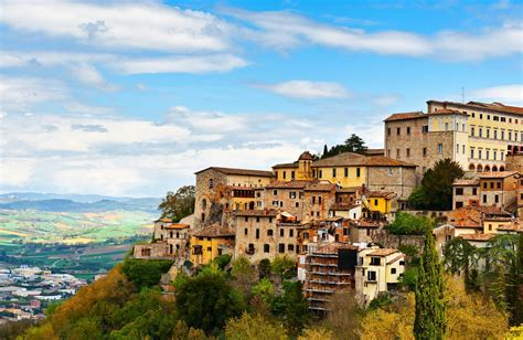 italys umbria earthquake affected travel