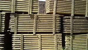 Piquet En Bois Pour Cloture : piquets bois les bois de la montagne noire ~ Farleysfitness.com Idées de Décoration