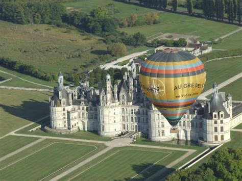 chambres d hotes sologne vol en montgolfière sur le val de loire activité de