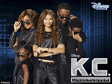 zendaya reveals to cosmopolitan what it took for her to return to disney daily mail online