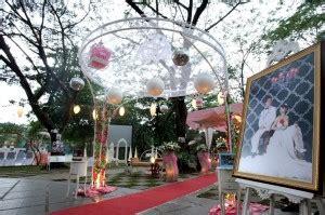 tips mengadakan pesta pernikahan wedding tema garden party