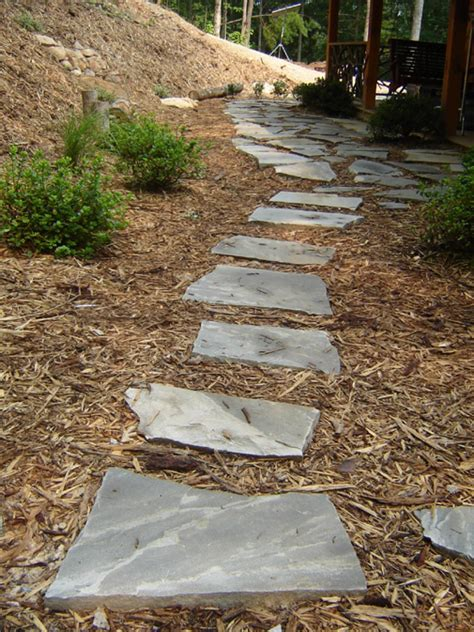 flagstone walkway how to lay a flagstone pathway how tos diy