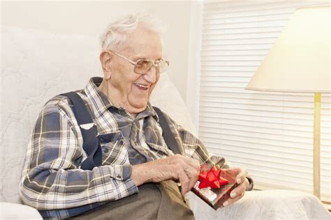 Helping Seniors Navigate The Holiday Season
