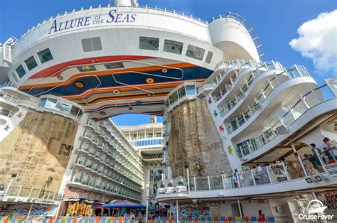 5 reasons to use a cruise travel to book your next cruise