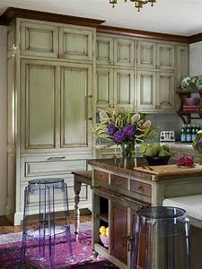 5, Distressed, Kitchen, Cabinets, That, Really, Bring, The, Charm