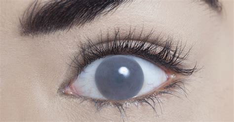 blind eye contacts blind contacts to make you look like you ve been possessed
