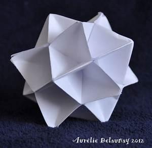 Origami Boule De Noel : boule de noel origami ~ Farleysfitness.com Idées de Décoration