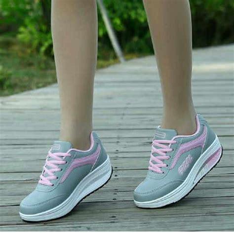sepatu kets sneakers wanita jual dhpd133 sepatu ankle boots sneaker wedges kets wanita