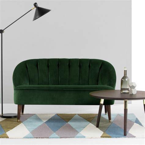 canap velours vert 1000 idées à propos de canapé en velours sur