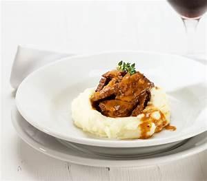 Gepökeltes Fleisch Kochen : rindfleischstreifen mit 10 gew rzen auf joghurt ~ Lizthompson.info Haus und Dekorationen