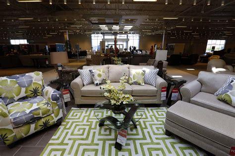 Art Van Furniture Debuts New Store  The Blade